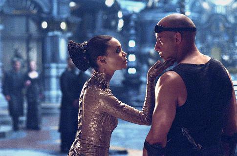 Chronicles of Riddick, The - dáma Vaako a Riddick