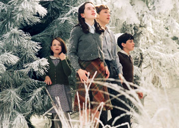 Chronicles of Narnia, The: The Lion, the Witch and the Wardrobe - Pevensieovci vstupujú do Narnie