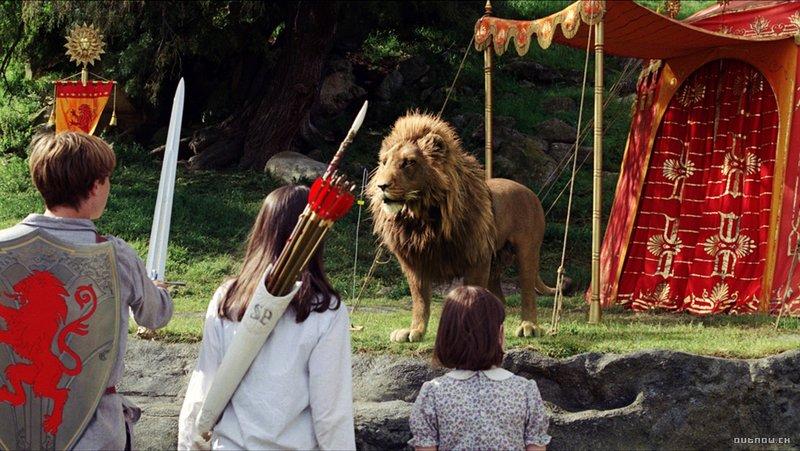 Chronicles of Narnia, The: The Lion, the Witch and the Wardrobe - Deti stretávajú Aslana