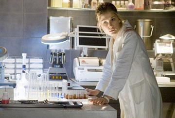 Doom - Samantha v laboratóriu