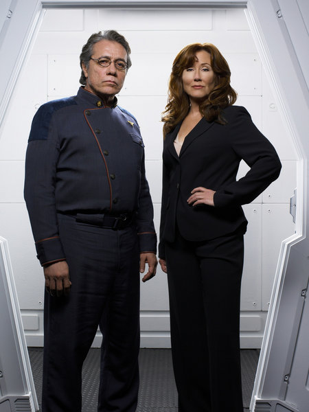 Battlestar Galactica - 3. séria - Adama a Roslin
