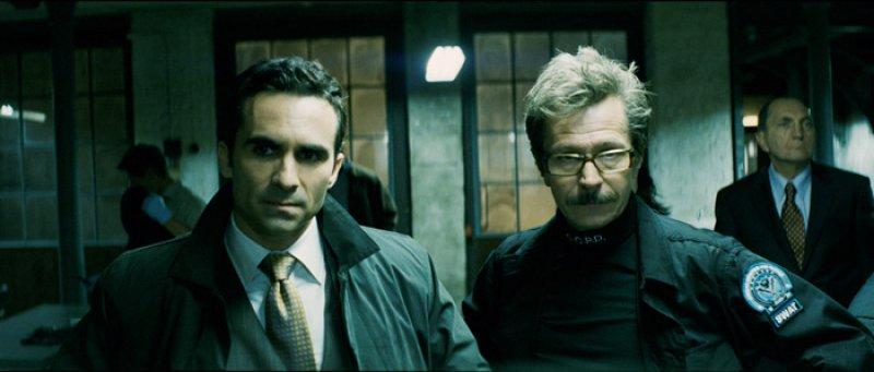 Dark Knight, The - 04 - Primátor Garcia a Gordon