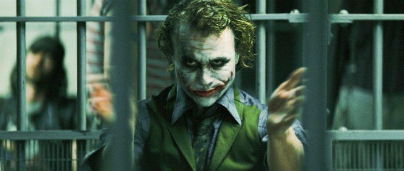 Dark Knight, The - 19 - Joker v cele