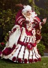 Alice in Wonderland - Záber - Biely zajac za stolom