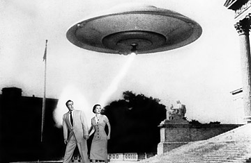 Earth vs. the Flying Saucers - Záber - Earth vs. the Flying Saucers 1